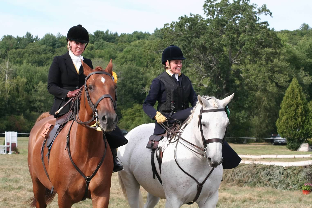 THE MYOPIA HORSE SHOW –  SIDEWAYS!